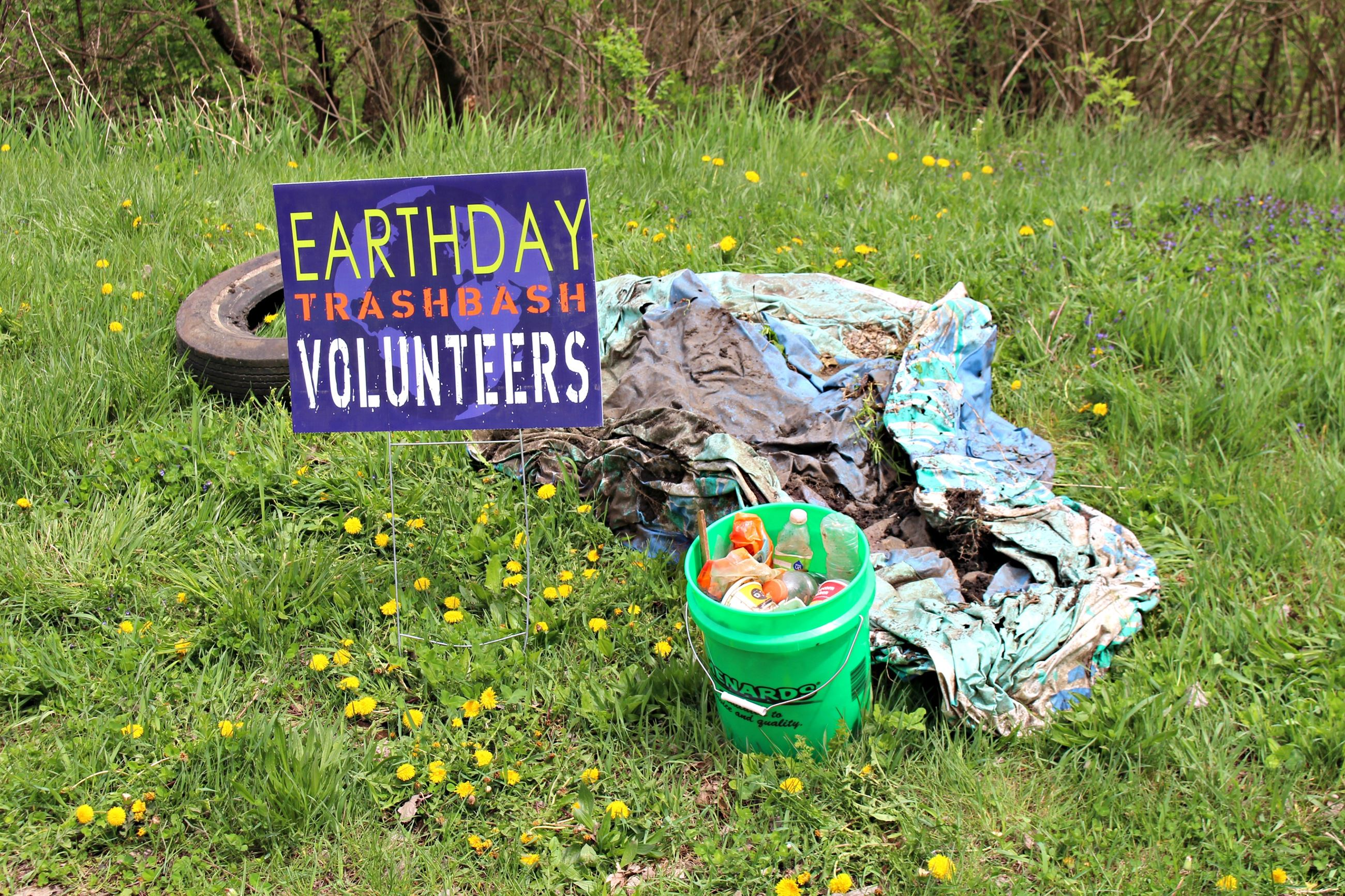 Earth Day Trash Bash 2017